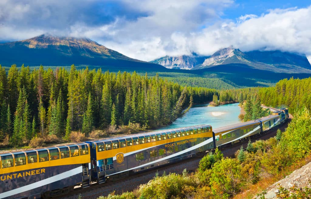 Voyage train Canada - Rocky Mountaineer - Paysage montagne